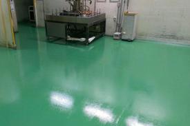 写真:帯電防止導電性仕上げ塗床