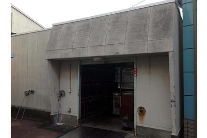 写真:倉庫外壁塗装