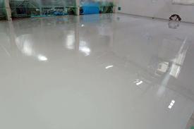 写真:機械部品工場厚膜エポキシ樹脂塗床工事
