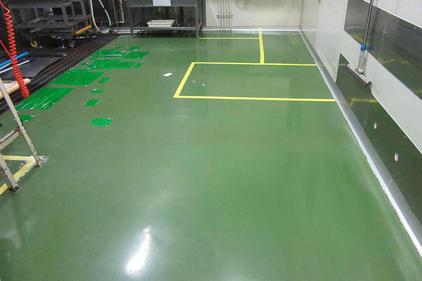 写真:医薬品工場水系硬質ウレタン塗床工事施工前