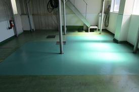 写真:バイオ工場塗床工事部分補修