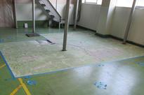 写真:バイオ工場塗床工事部分補修下地処理