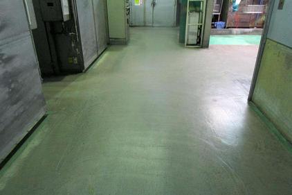 写真:蒸着工場水系硬質ウレタン樹脂塗床工事施工前