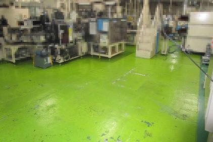 写真:自動車部品工場 塗床工事 塗り床工事 床塗装 床改修 施工例 防塵床 厚膜エポキシ樹脂