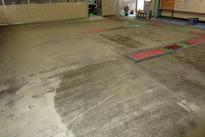 写真:自動車部品製造工場 エポキシ樹脂 塗床工事 塗り床工事 床塗装 床改修 施工例 防塵床 下地処理