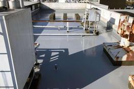 写真:工場屋上防水 ウレタン防水 ウレタン系塗膜防水