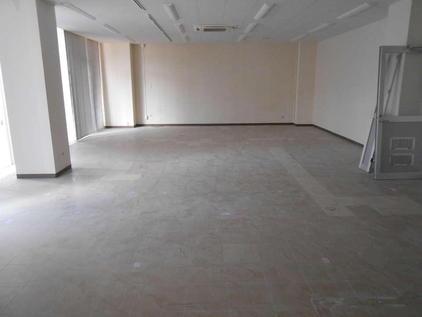 写真:工場 エポキシ樹脂 塗床工事 塗り床工事 床塗装 床改修 施工例 防塵床 帯電防止 導電