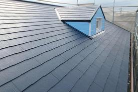 写真:住宅屋根塗装工事
